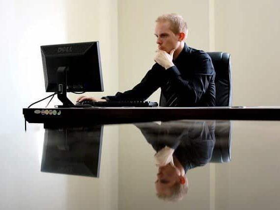 Oletko IT-alan yrittäjä? Näin perustat toimivan yrityksen